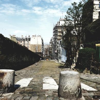Rue des Saules. Montmartre.